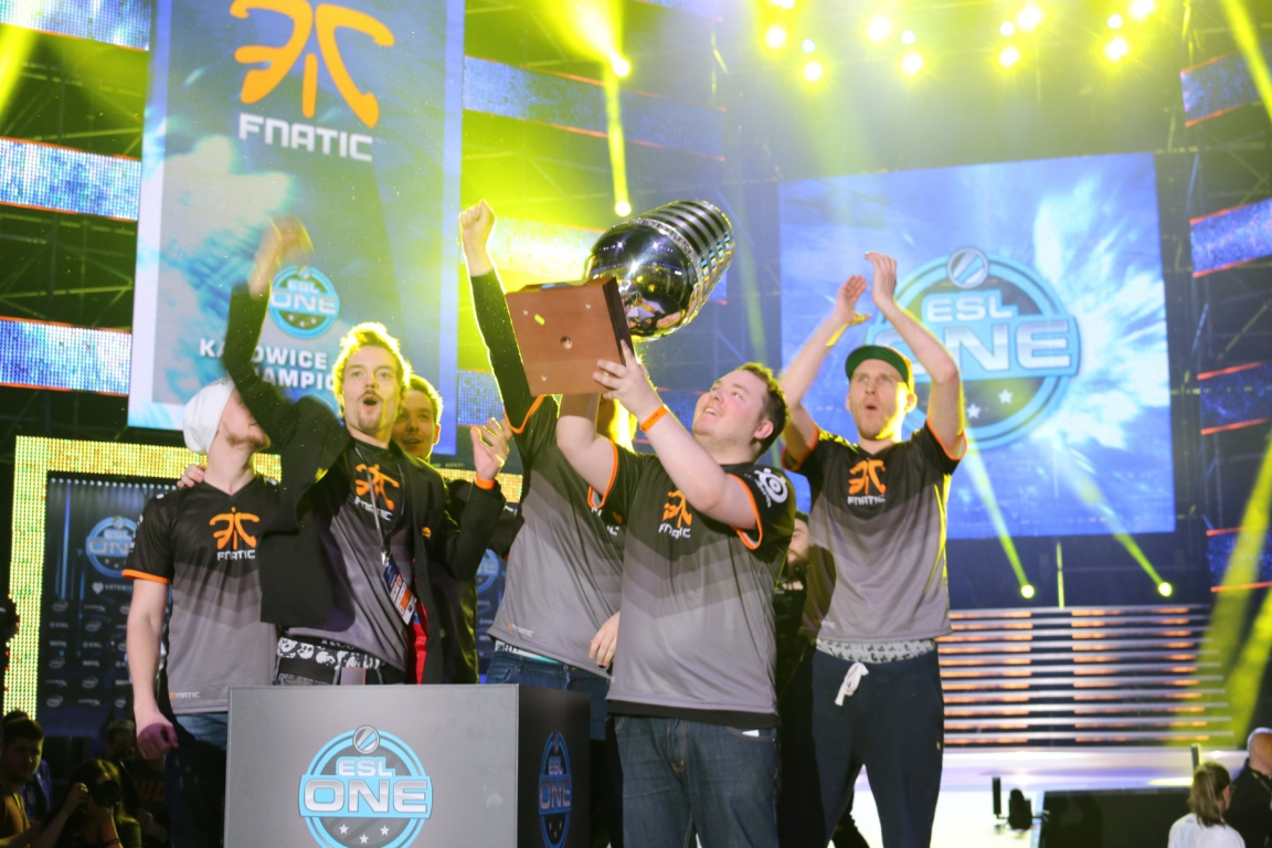 flusha hoists the trophy during ESL One Katowice 2015.