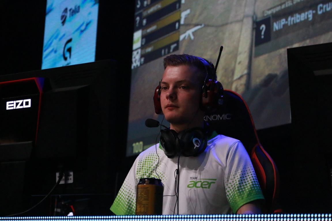 qwerty-spelaren Fredrik 'slap' Junbrant är en av de jag verkligen vill se ta ett stort kliv under året.