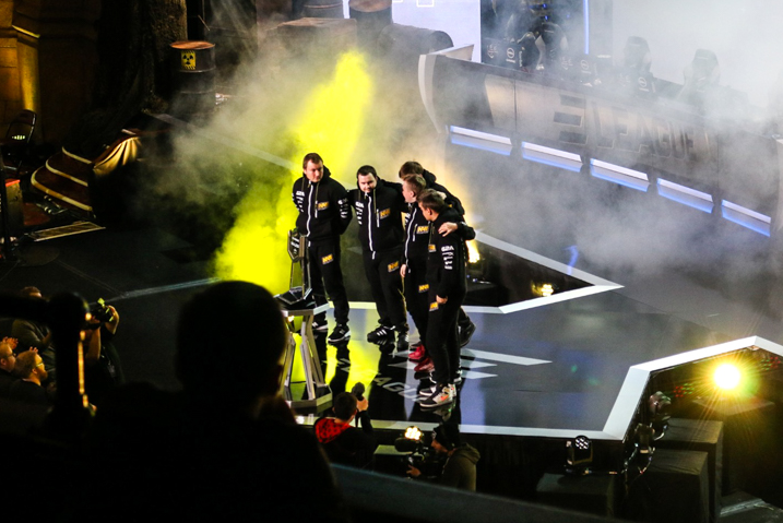 Na`Vi on stage at the ELEAGUE Major.
