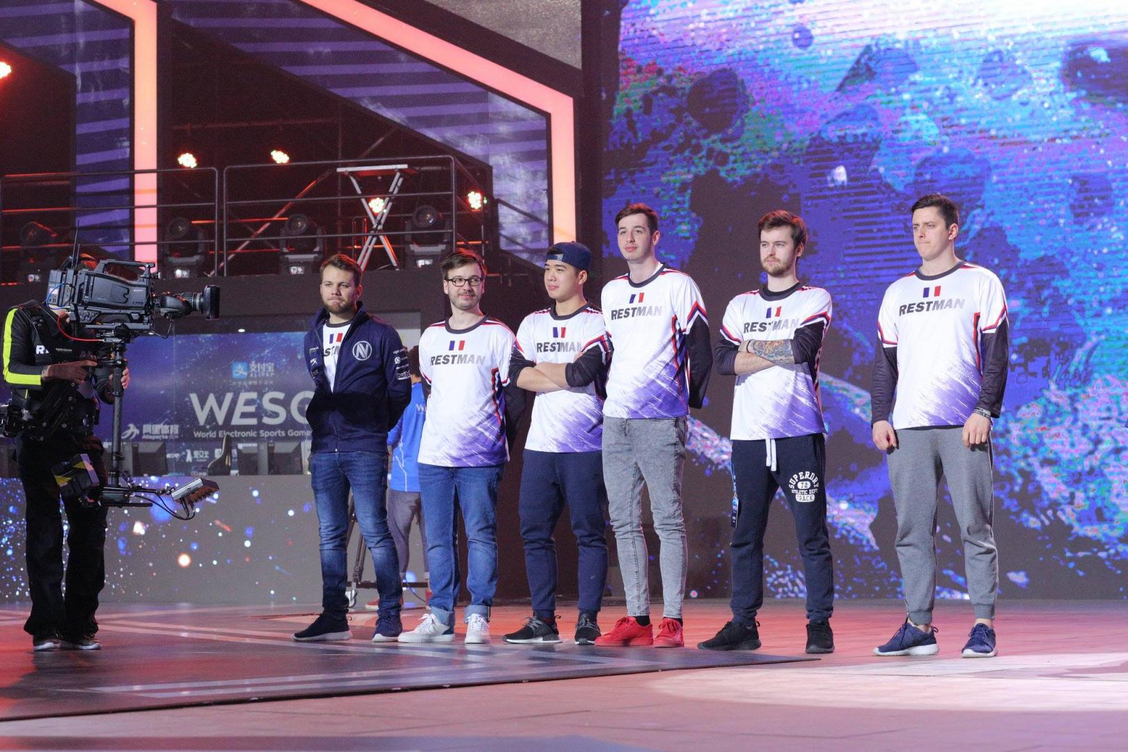 EnVyUs, som vann hela turneringen, kunde delta med sina ordinarie femma då alla kommer från Frankrike. Foto: WESG